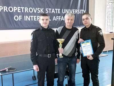 Обласні змагання з настільного тенісу: перемогли курсанти ДДУВС