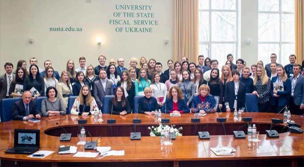 Участь команди ЮК «Істина» у всеукраїнському масштабному заході - Національній олімпіаді з консультування клієнтів (2018 рік)