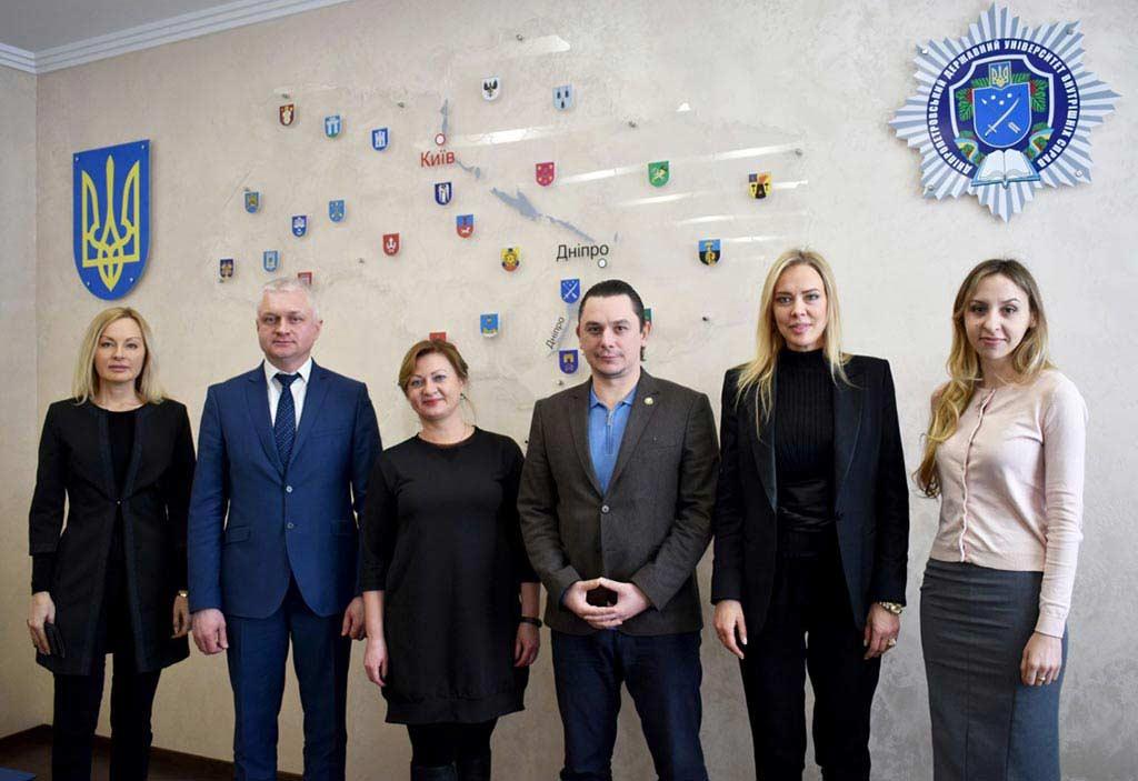Підписання меморандуму про співпрацю з Чечелівською та Соборною районними у місті Дніпрі радами (2018 рік)