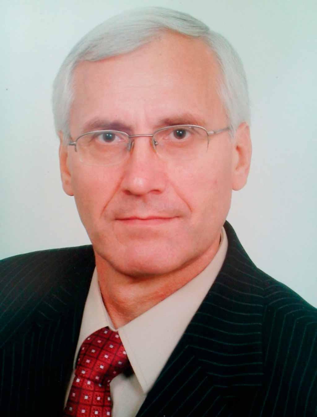Шиян Анатолій Григорович – старший викладач кафедри.