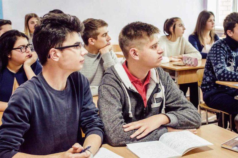 Молодь ДДУВС дізнавалася про НАТО