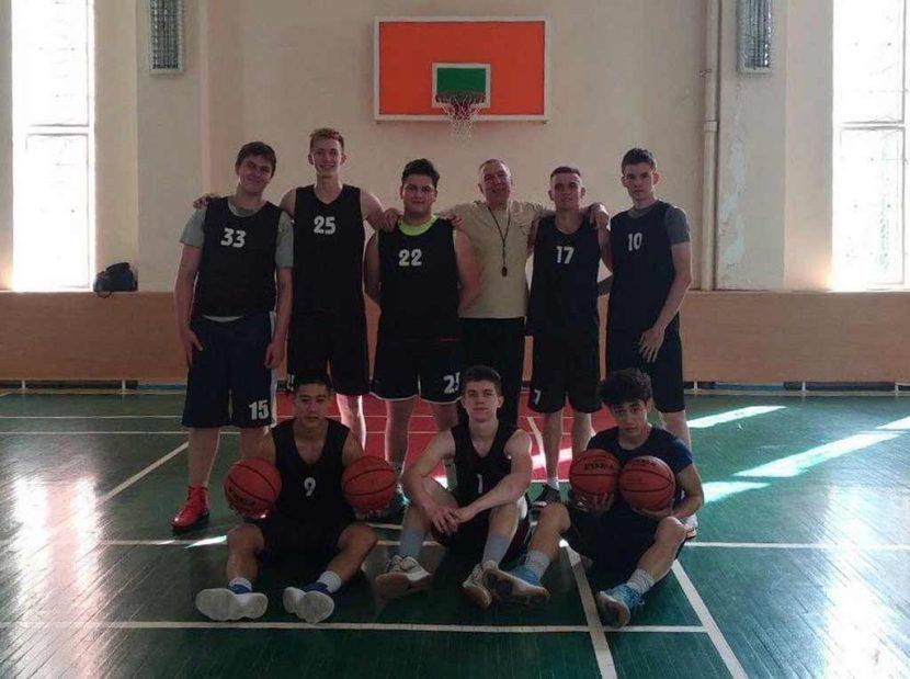 Баскетболісти ДДУВС провели університетський турнір