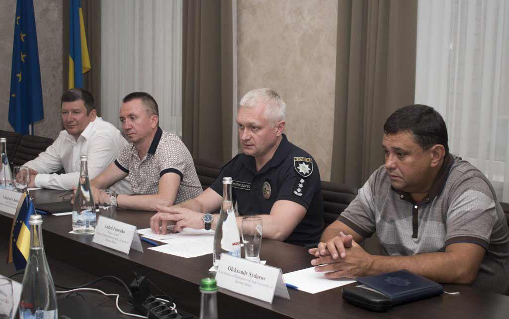 Делегація Литви ознайомилася із діяльністю психотренінгового центру у ДДУВС