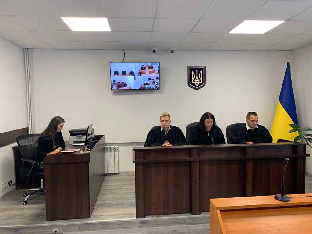 Дніпропетровський окружний адміністративний суд відчиняє двері школярам та студентам